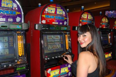 femme video poker casino